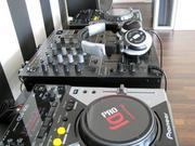 Brand New 2x Pioneer CDJ-1000MK3 & 1x DJM-800 Mixer DJ Package.