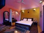 Affordable Resort Rooms in Corbett